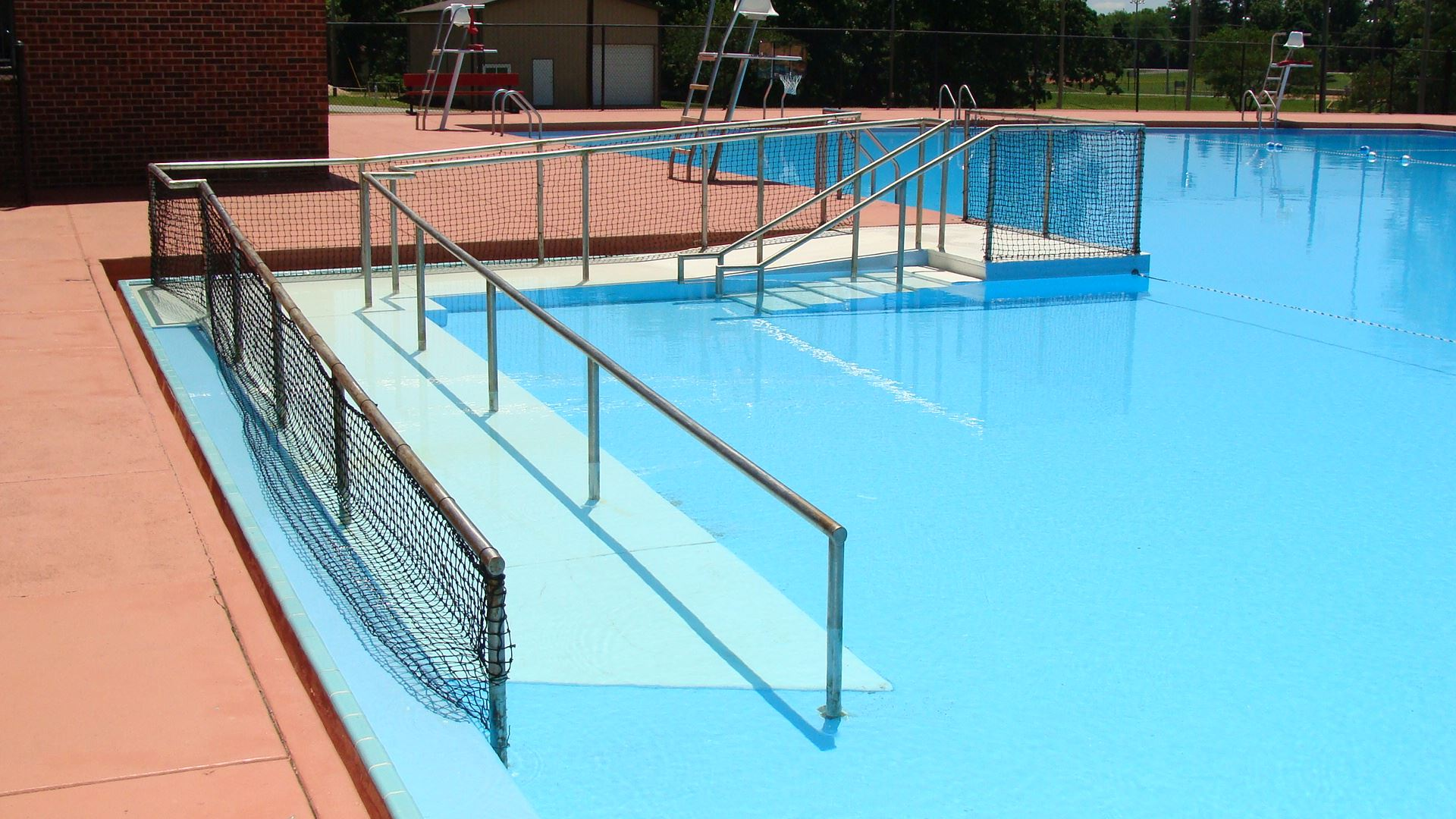Pool with wheelchair ramp accessibility